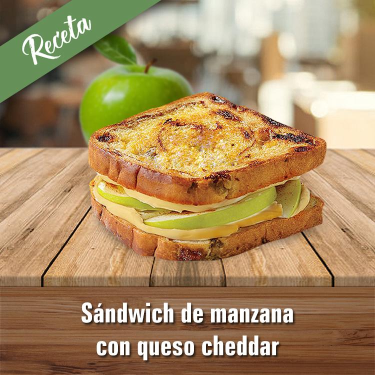 Sándwich de manzana con queso cheddar